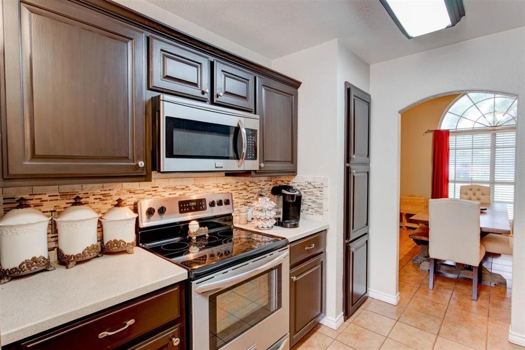 126 Jean  Lane, Burleson, Texas 76028 - acquisto real estate best highland park realtor amy gasperini fast real estate service