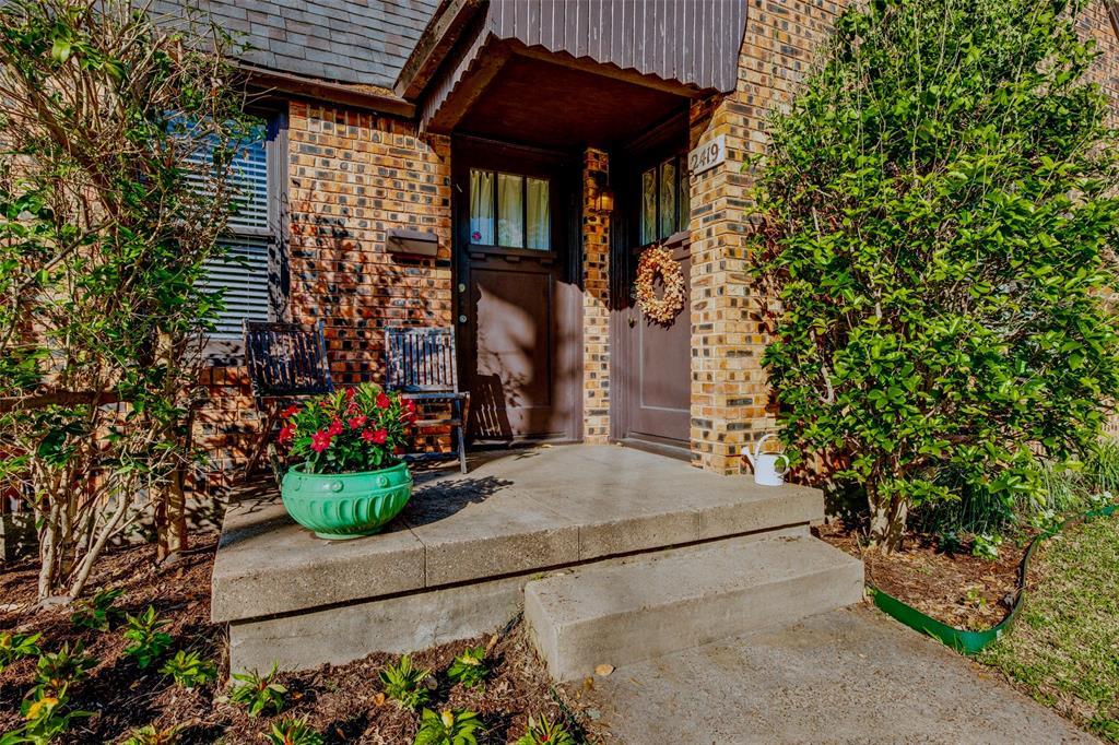 2419 Grigsby  Avenue, Dallas, Texas 75204 - Acquisto Real Estate best mckinney realtor hannah ewing stonebridge ranch expert
