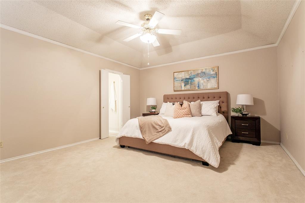 8046 Moss Meadows  Drive, Dallas, Texas 75231 - acquisto real estate best designer and realtor hannah ewing kind realtor
