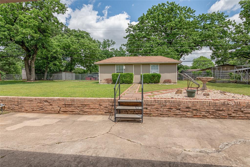 22 Shadowbrook  Lane, Hurst, Texas 76053 - acquisto real estate best realtor dfw jody daley liberty high school realtor