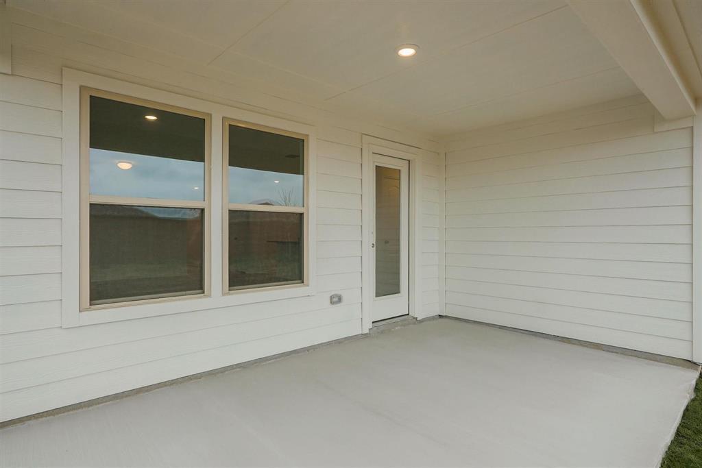 2633 Wheeler  Avenue, Aubrey, Texas 76227 - acquisto real estate best realtor foreclosure real estate mike shepeherd walnut grove realtor