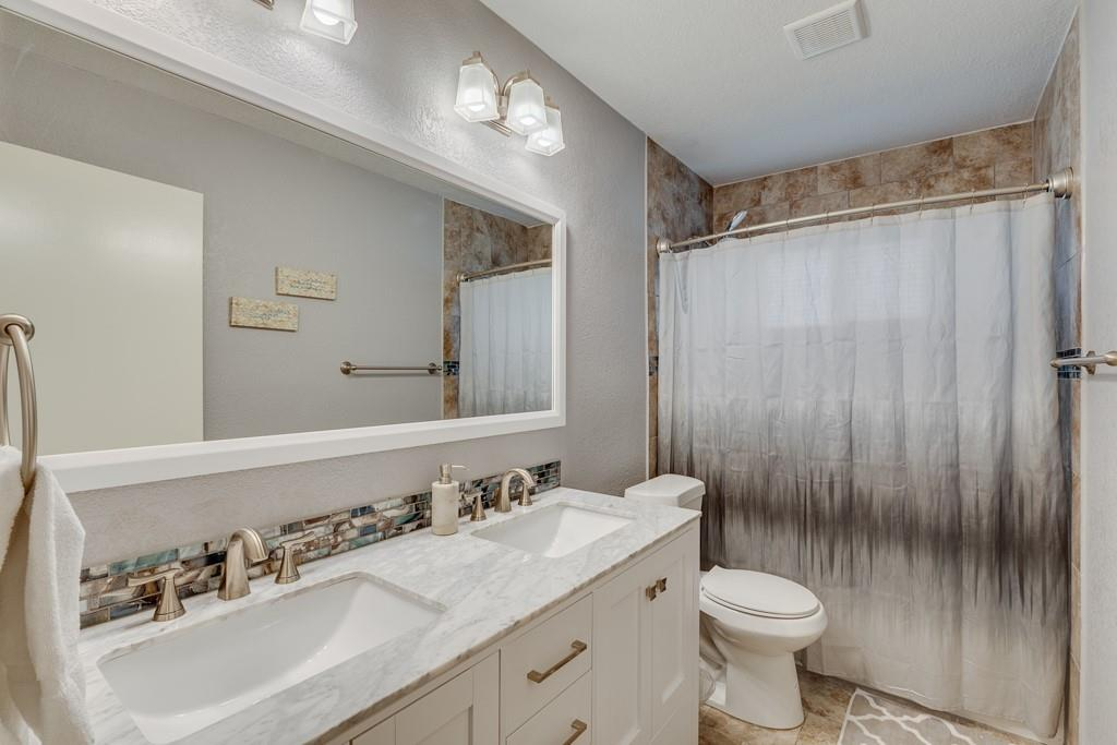 13903 Pyramid  Drive, Farmers Branch, Texas 75234 - acquisto real estate best real estate company to work for