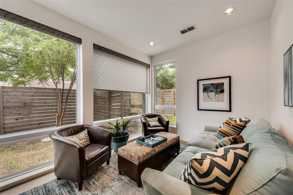 4711 Live Oak  Street, Dallas, Texas 75204 - acquisto real estate best frisco real estate agent amy gasperini panther creek realtor