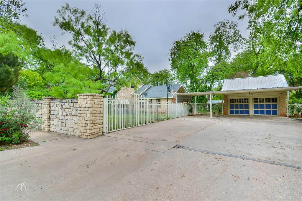 1102 Hollis  Drive, Abilene, Texas 79605 - acquisto real estate best photo company frisco 3d listings