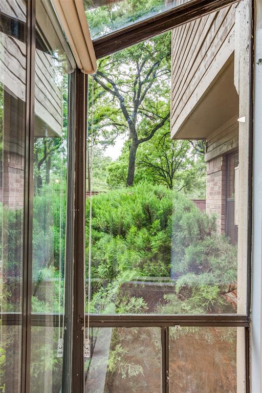 2403 Winding Hollow  Lane, Arlington, Texas 76006 - acquisto real estate best luxury buyers agent in texas shana acquisto inheritance realtor
