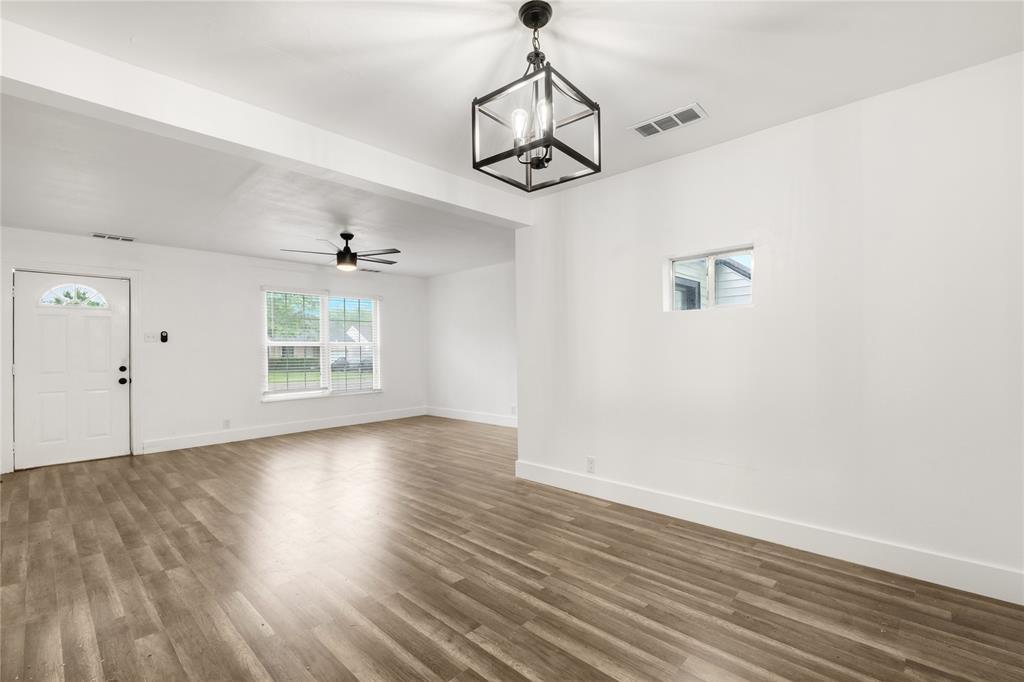 1507 Newport  Avenue, Dallas, Texas 75224 - acquisto real estate best real estate company to work for