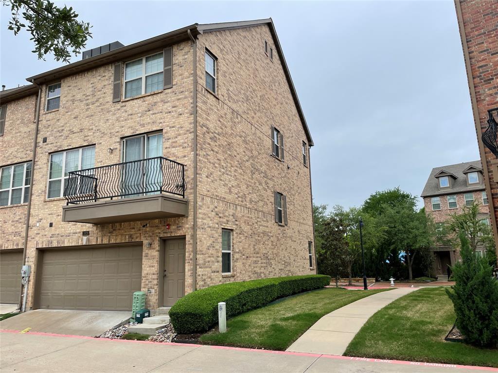 3926 Asbury  Lane, Addison, Texas 75001 - acquisto real estate best plano real estate agent mike shepherd