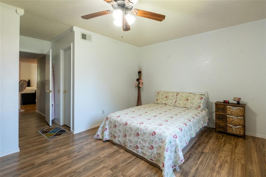 2718 Ivanridge  Lane, Garland, Texas 75044 - acquisto real estate best realtor westlake susan cancemi kind realtor of the year