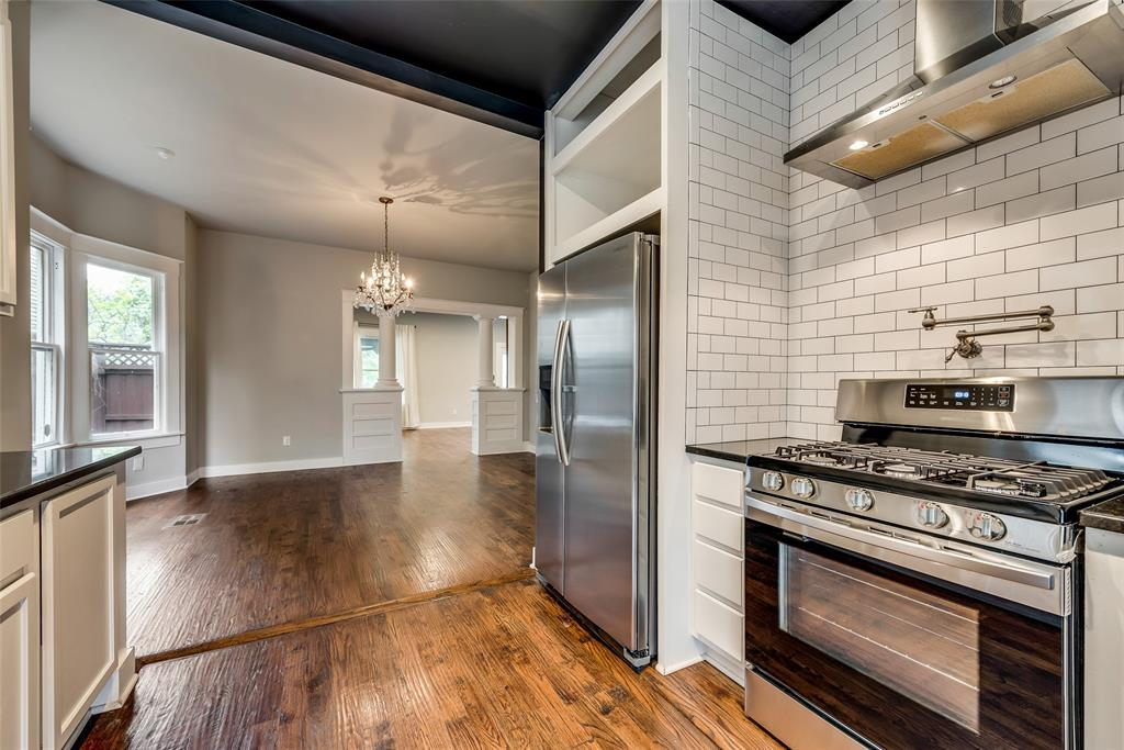 710 Bishop  Avenue, Dallas, Texas 75208 - acquisto real estate best listing agent in the nation shana acquisto estate realtor