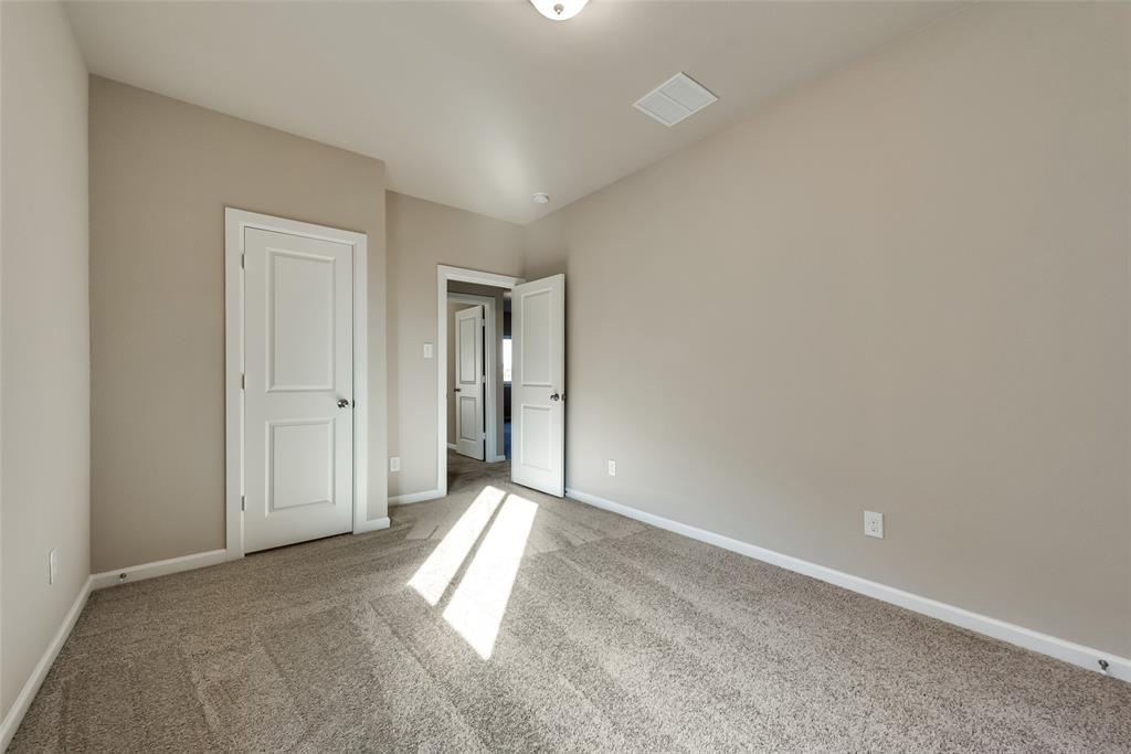 6827 Prompton  Bend, Irving, Texas 75063 - acquisto real estaet best boutique real estate firm in texas for high net worth sellers