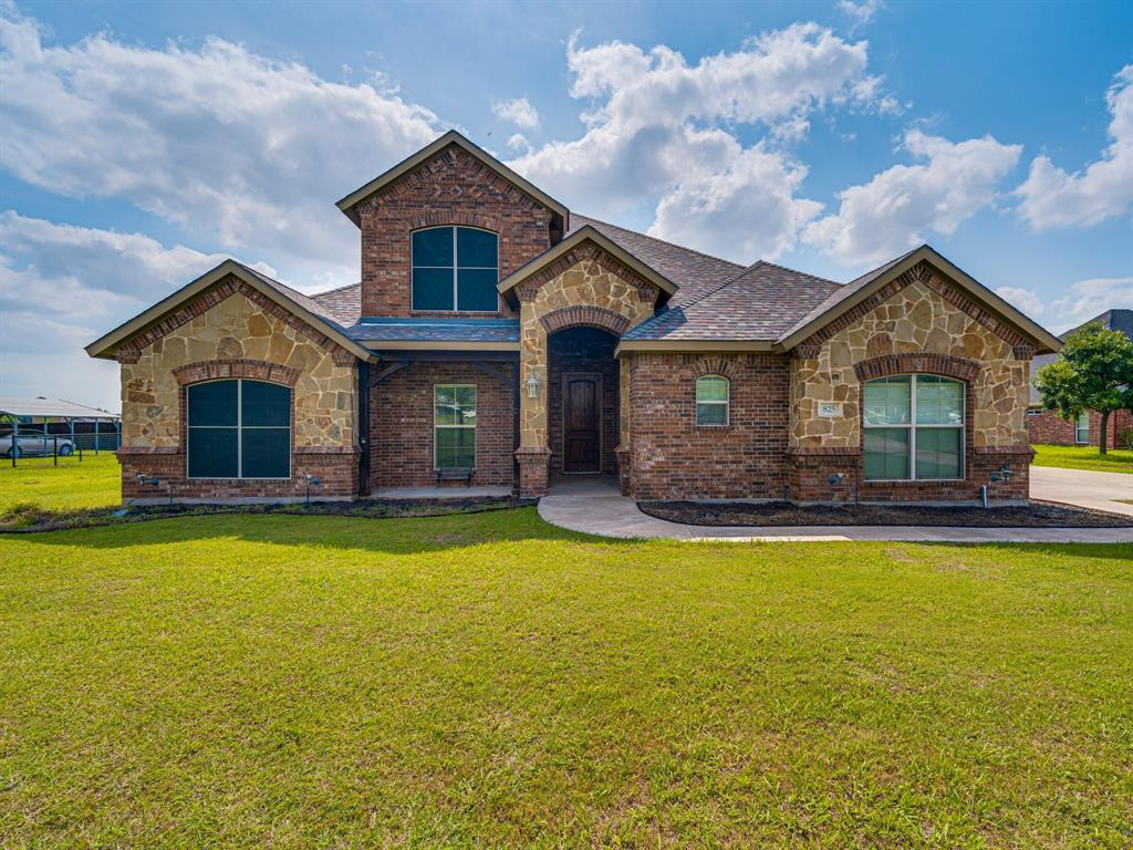 825 Broadhead  Road, Waxahachie, Texas 75165 - Acquisto Real Estate best plano realtor mike Shepherd home owners association expert