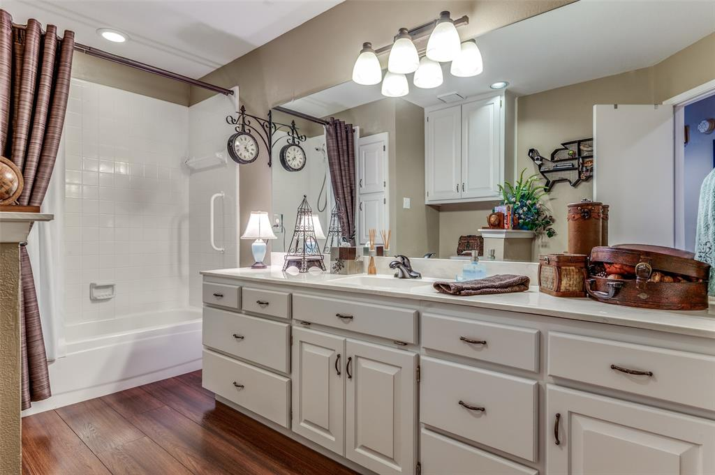 906 Turnberry  Drive, Mansfield, Texas 76063 - acquisto real estaet best boutique real estate firm in texas for high net worth sellers