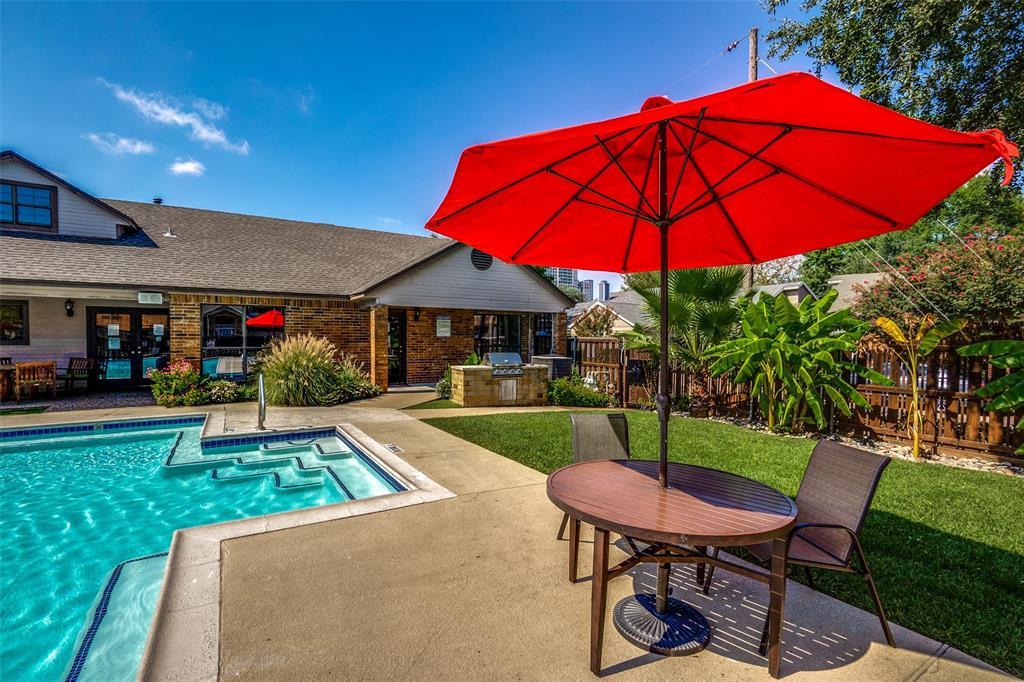 3107 Bryan  Street, Dallas, Texas 75204 - acquisto real estate best park cities realtor kim miller best staging agent