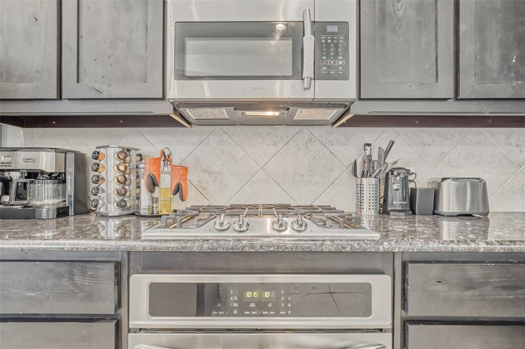 201 Brentwood  Drive, DeSoto, Texas 75115 - acquisto real estate best listing agent in the nation shana acquisto estate realtor