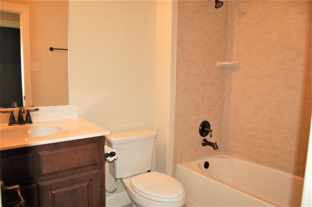 4409 Fisk  Lane, Carrollton, Texas 75010 - acquisto real estate best new home sales realtor linda miller executor real estate