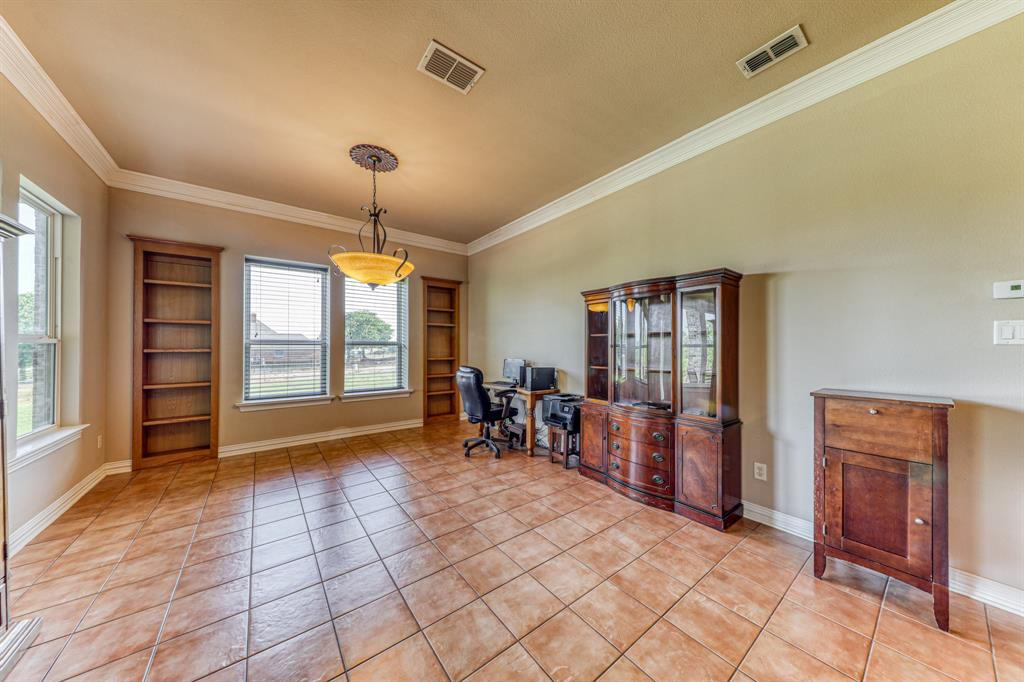 107 Chappel Hill  Court, Weatherford, Texas 76088 - acquisto real estate best real estate company to work for
