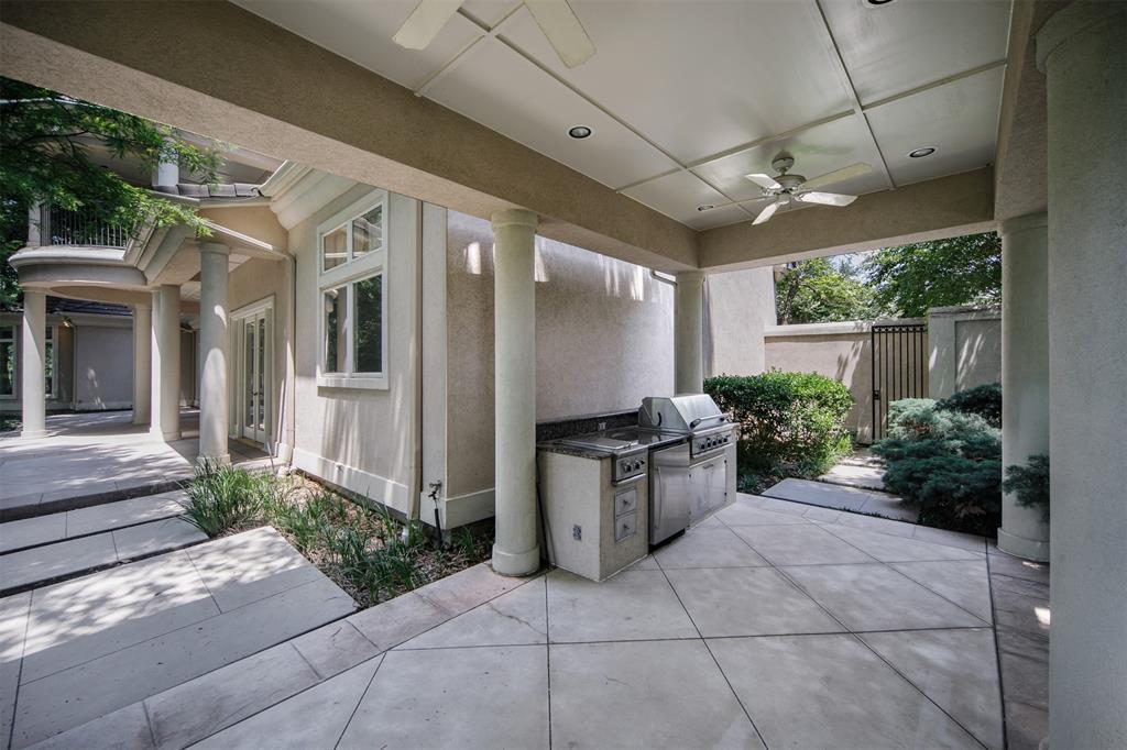 13203 Glad Acres  Drive, Farmers Branch, Texas 75234 - acquisto real estate best park cities realtor kim miller best staging agent