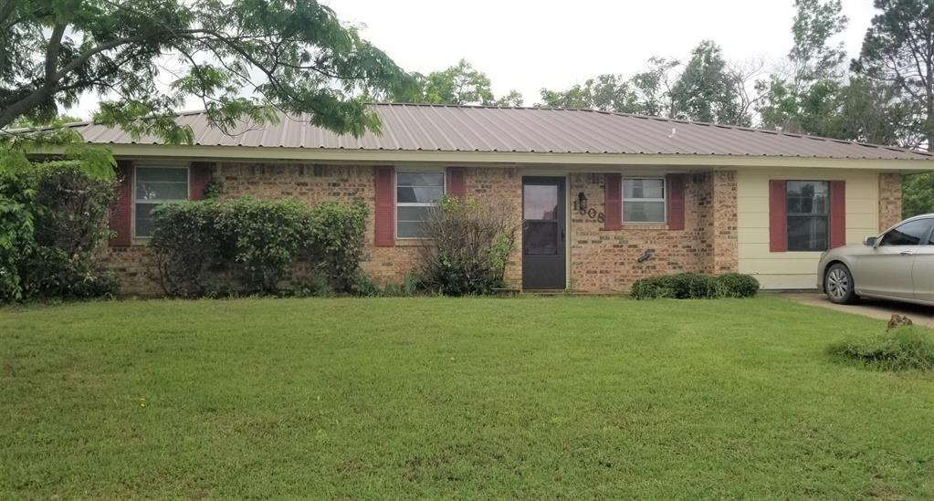 1508 Martha  Street, Bowie, Texas 76230 - Acquisto Real Estate best plano realtor mike Shepherd home owners association expert