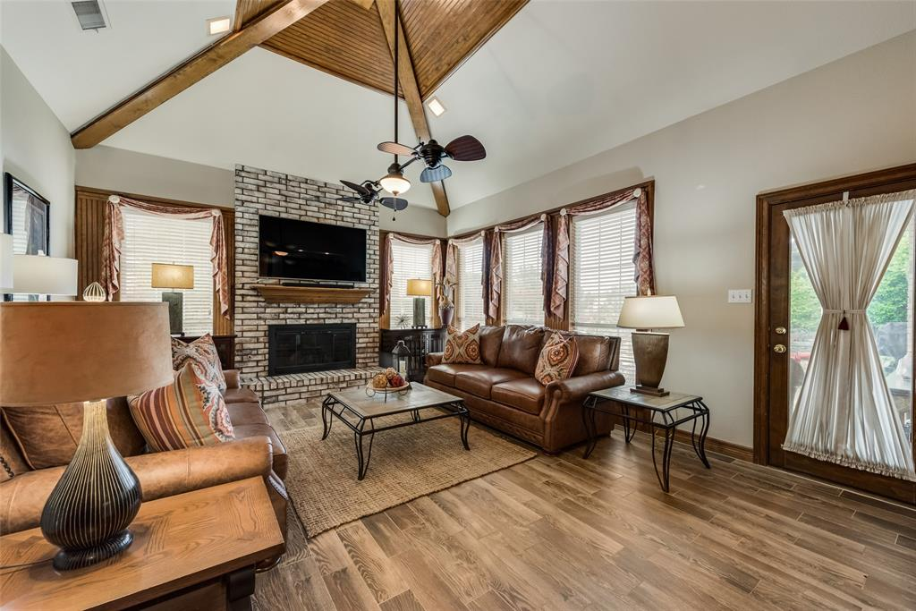 809 Newport  Way, DeSoto, Texas 75115 - acquisto real estate best real estate company to work for