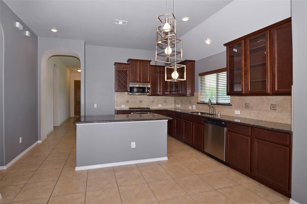 12493 Cardinal Creek  Drive, Frisco, Texas 75033 - acquisto real estate best designer and realtor hannah ewing kind realtor