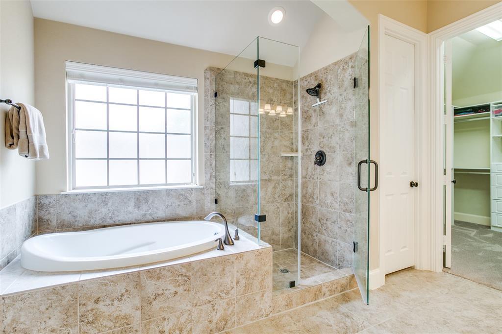 1308 Foxglove  Circle, Lantana, Texas 76226 - acquisto real estate best new home sales realtor linda miller executor real estate
