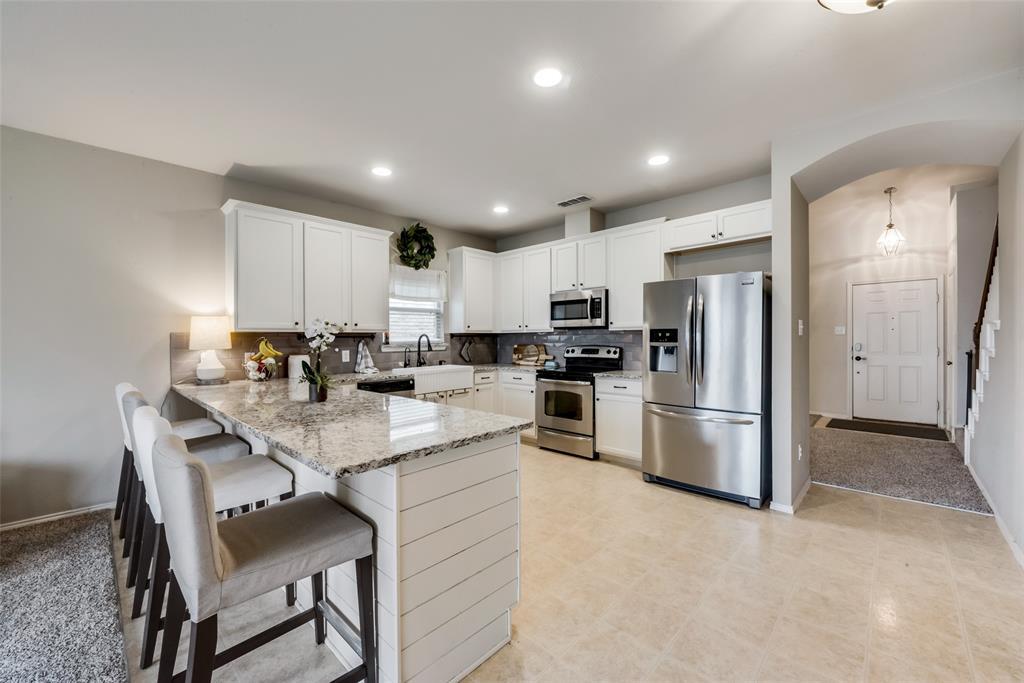 12520 Summerwood  Drive, Fort Worth, Texas 76028 - acquisto real estate best celina realtor logan lawrence best dressed realtor