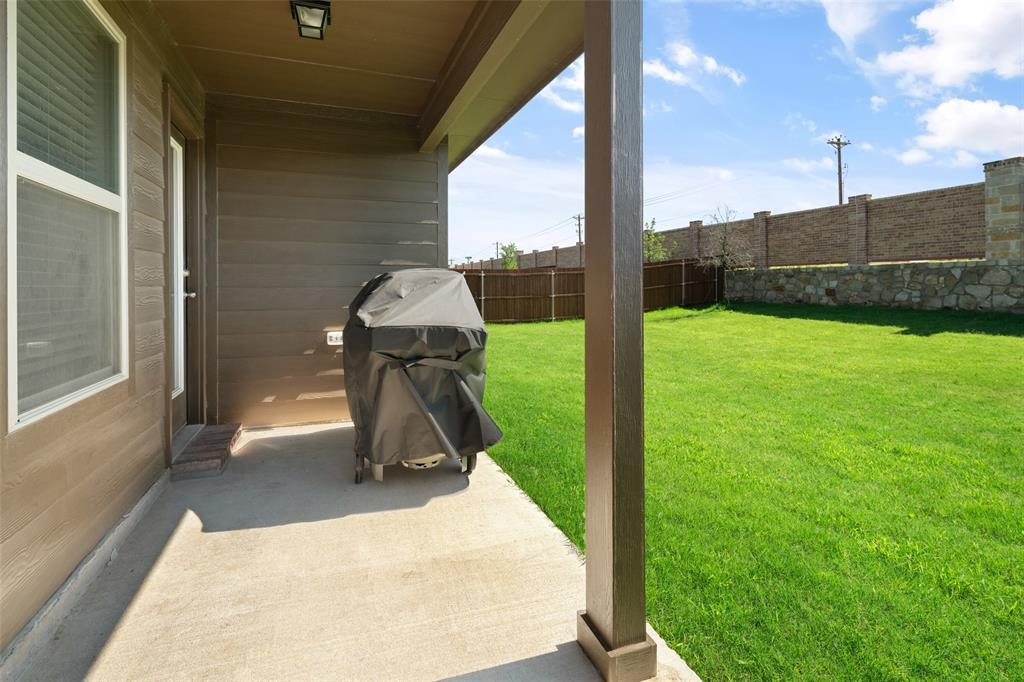 8016 Gallup  Avenue, Aubrey, Texas 76227 - acquisto real estate best frisco real estate broker in texas for high net worth buyers