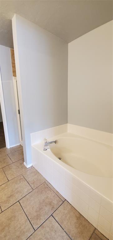 2324 Lookout  Lane, Denton, Texas 76207 - acquisto real estate best plano real estate agent mike shepherd