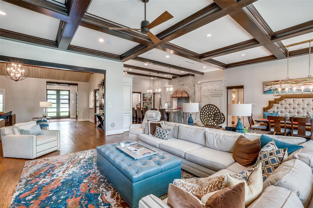 11232 Russwood  Circle, Dallas, Texas 75229 - acquisto real estate best realtor westlake susan cancemi kind realtor of the year