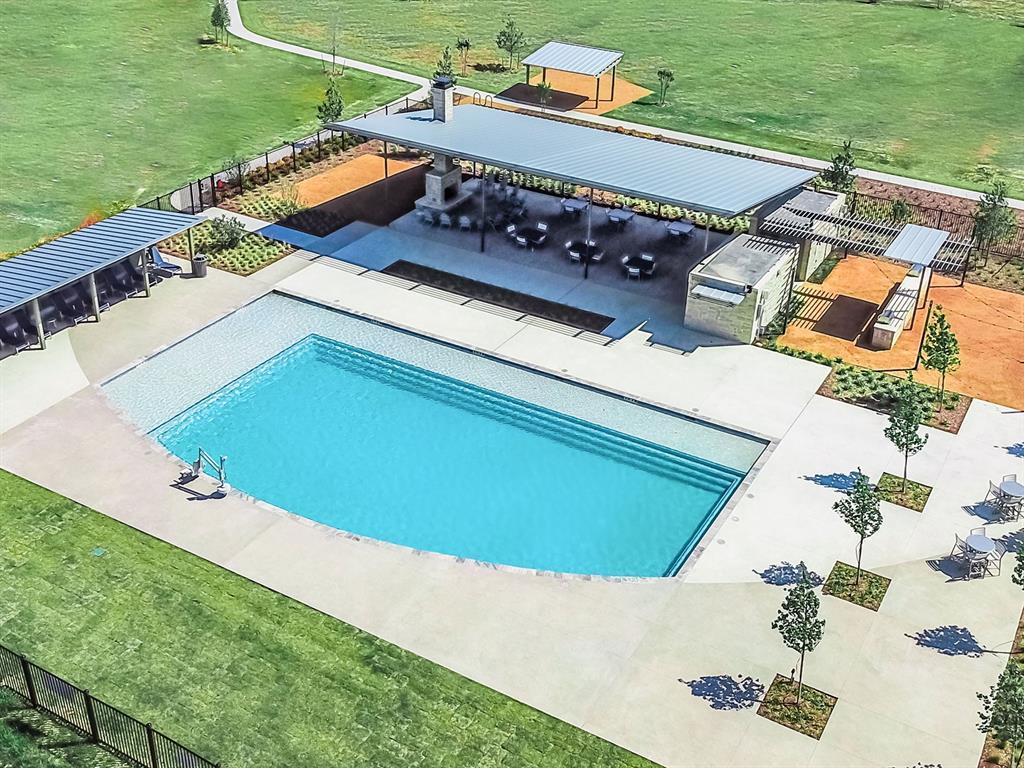 5608 Shannon Creek  Road, Fort Worth, Texas 76126 - acquisto real estate best celina realtor logan lawrence best dressed realtor