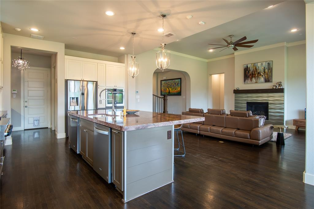1317 Scarlet Oak  Drive, Arlington, Texas 76005 - acquisto real estate best new home sales realtor linda miller executor real estate