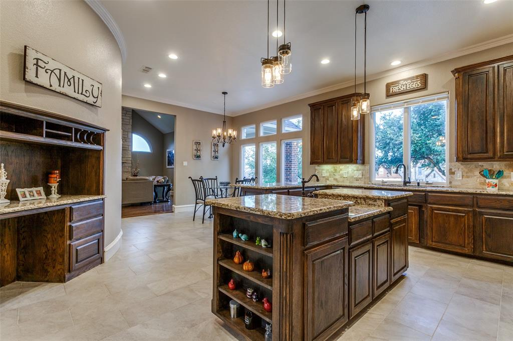 114 Club House  Drive, Weatherford, Texas 76087 - acquisto real estate best new home sales realtor linda miller executor real estate
