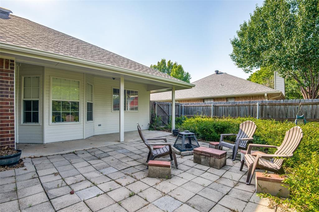 1204 Oak  Valley, Denton, Texas 76209 - acquisto real estate best realtor foreclosure real estate mike shepeherd walnut grove realtor