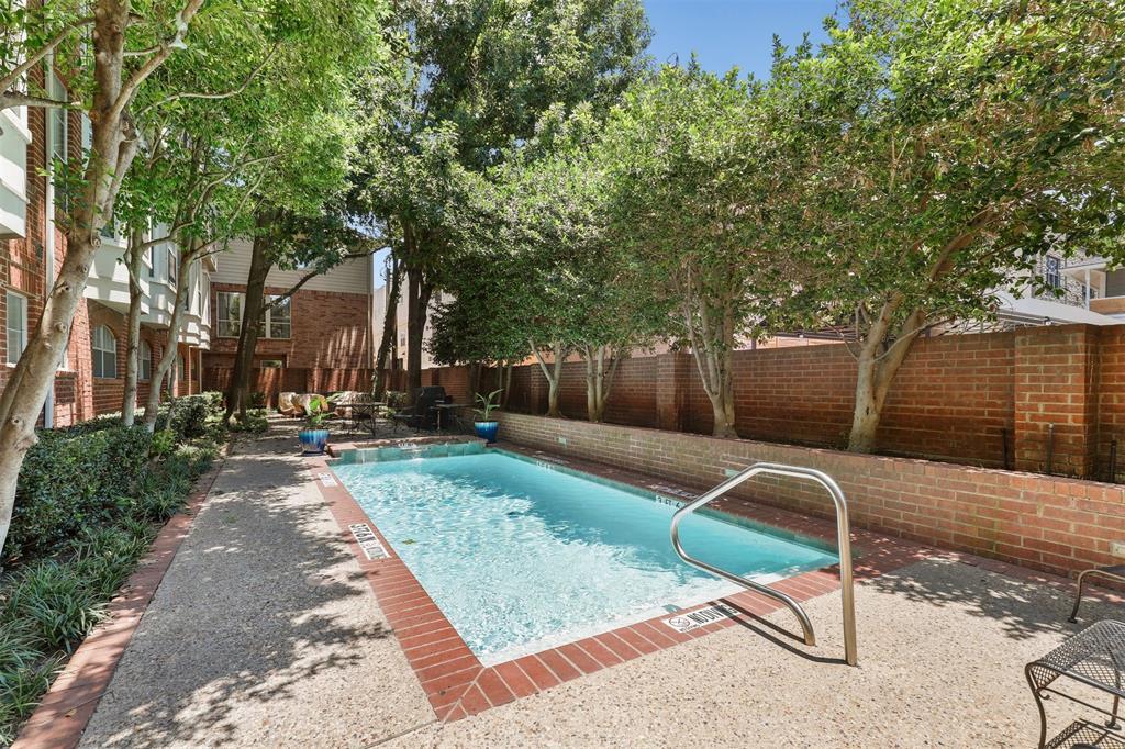 2902 State  Street, Dallas, Texas 75204 - acquisto real estate best realtor dfw jody daley liberty high school realtor