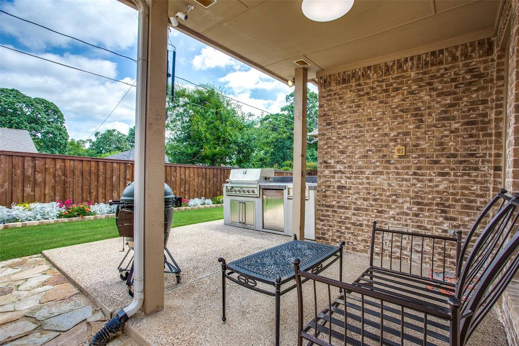 5902 St Ives  Court, Arlington, Texas 76017 - acquisto real estate best realtor foreclosure real estate mike shepeherd walnut grove realtor