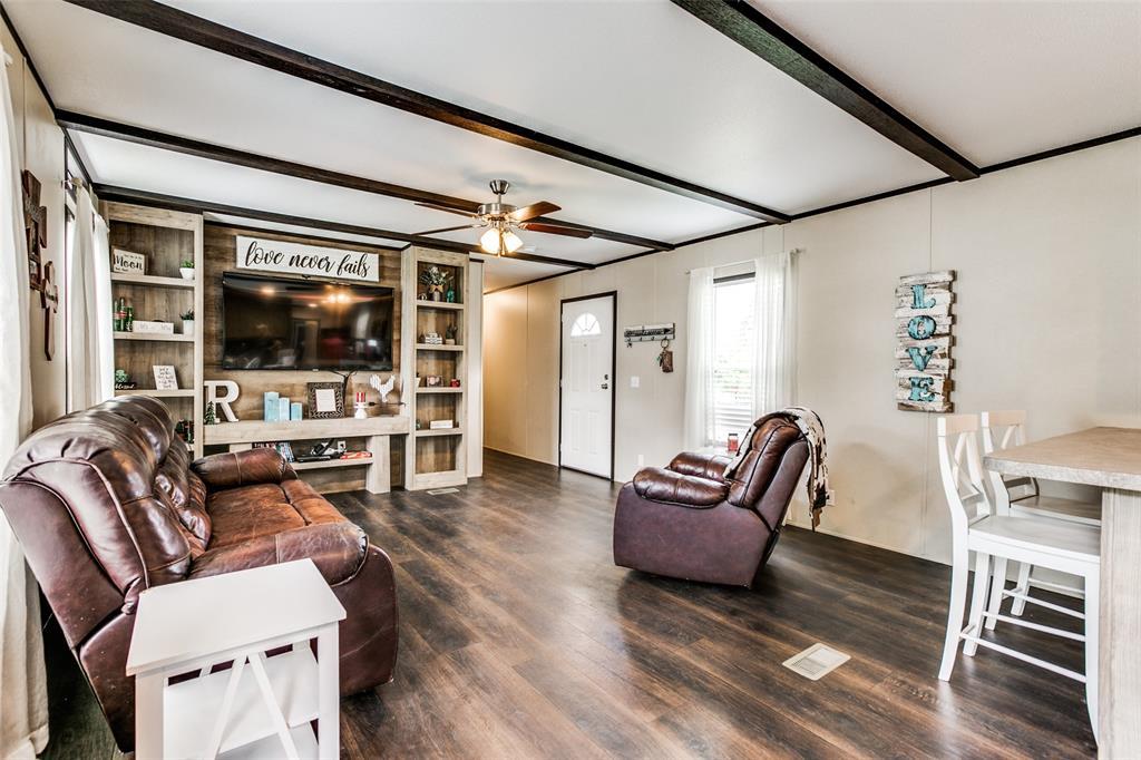 104 Sinclair  Avenue, Kerens, Texas 75144 - acquisto real estate best prosper realtor susan cancemi windfarms realtor
