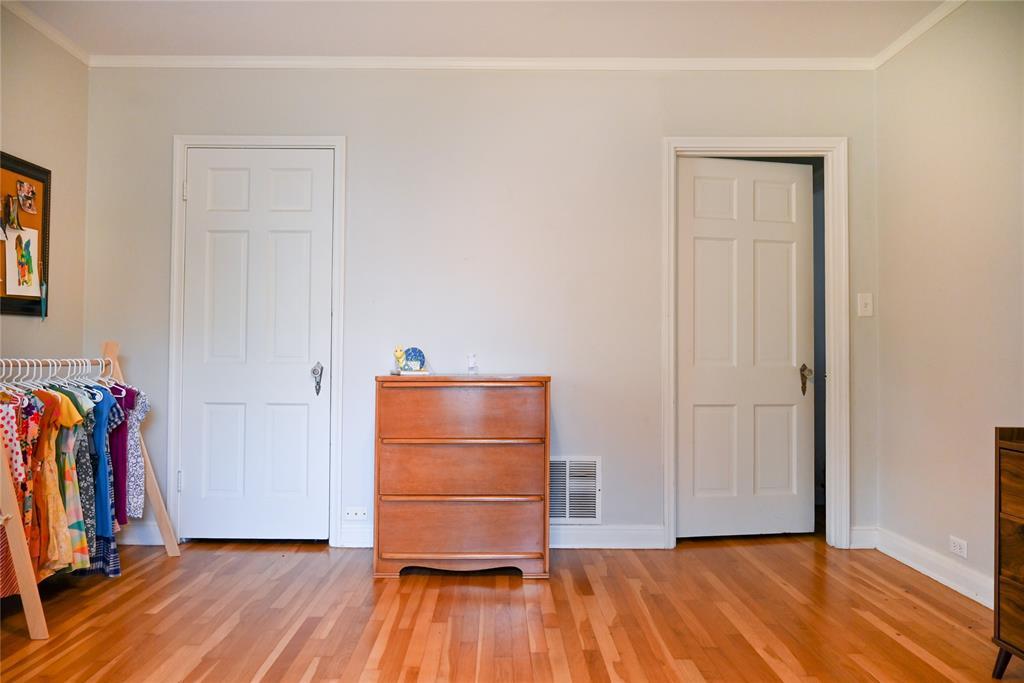 136 Umphress  Street, Van Alstyne, Texas 75495 - acquisto real estate best realtor westlake susan cancemi kind realtor of the year