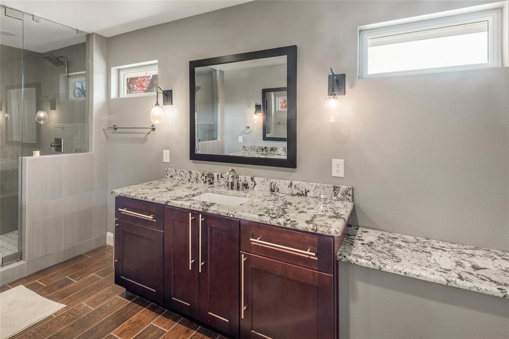 6143 Ellsworth  Avenue, Dallas, Texas 75214 - acquisto real estate best photos for luxury listings amy gasperini quick sale real estate