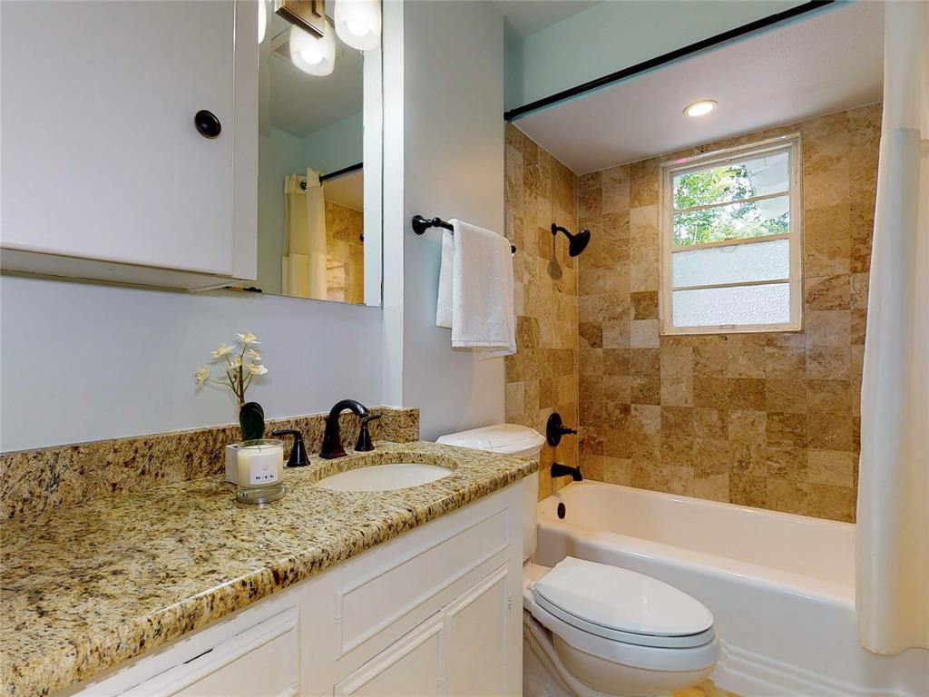 6602 Yosemite  Lane, Dallas, Texas 75214 - acquisto real estate best realtor westlake susan cancemi kind realtor of the year