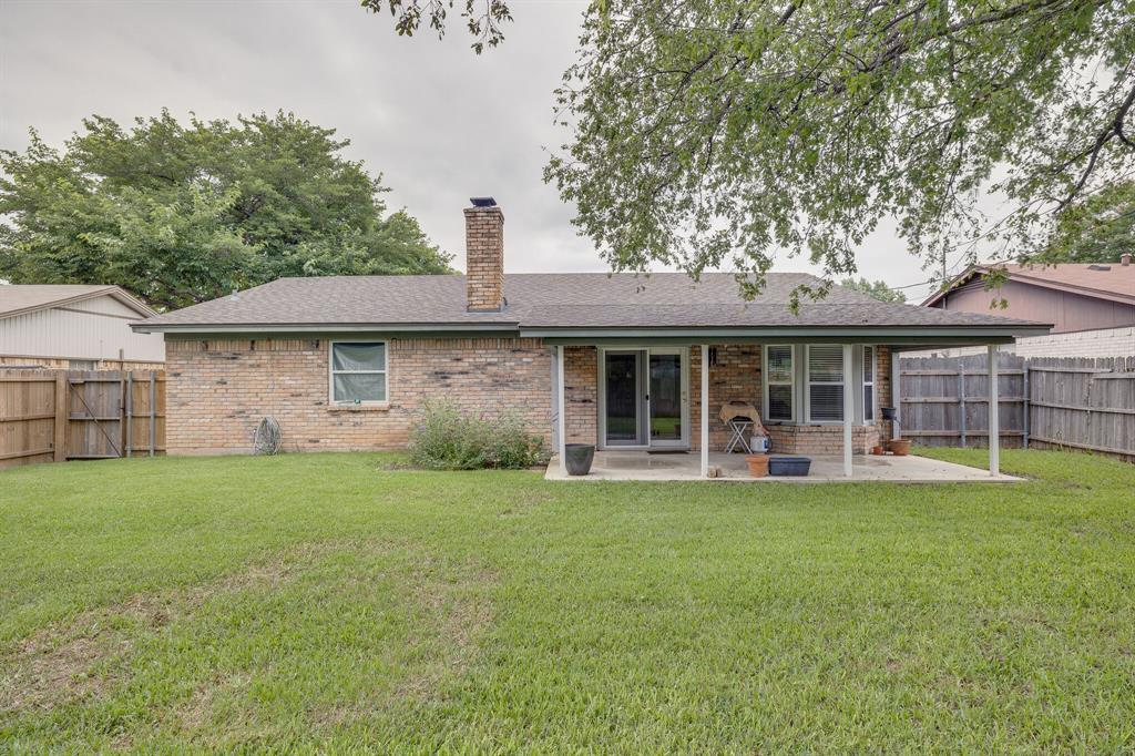 6612 Betty  Drive, Watauga, Texas 76148 - acquisto real estate best realtor westlake susan cancemi kind realtor of the year