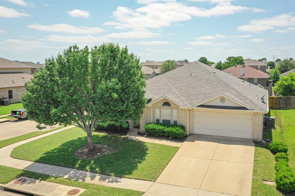 7002 Snowy Owl  Street, Arlington, Texas 76002 - Acquisto Real Estate best plano realtor mike Shepherd home owners association expert