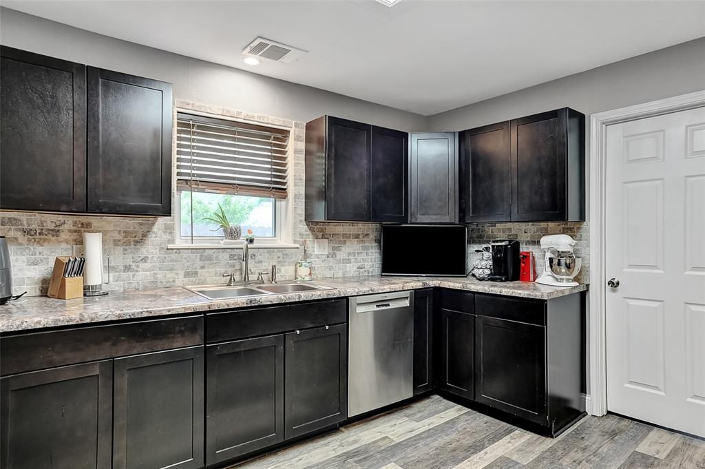 205 Broadway  Street, Whitesboro, Texas 76273 - acquisto real estate best style realtor kim miller best real estate reviews dfw