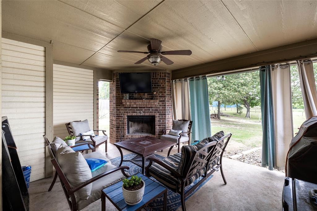 210 Sessums  Road, Springtown, Texas 76082 - acquisto real estate best flower mound realtor jody daley lake highalands agent of the year