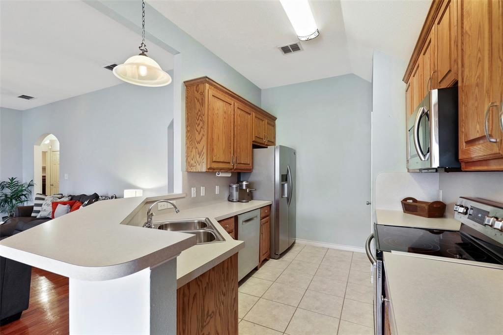 525 Addison  Street, Lake Dallas, Texas 75065 - acquisto real estate best real estate company to work for