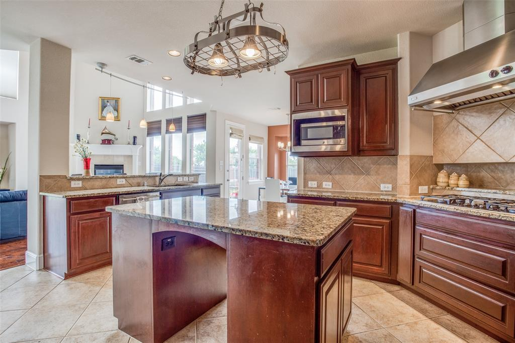 1720 Tulare  Drive, Allen, Texas 75002 - acquisto real estate best style realtor kim miller best real estate reviews dfw