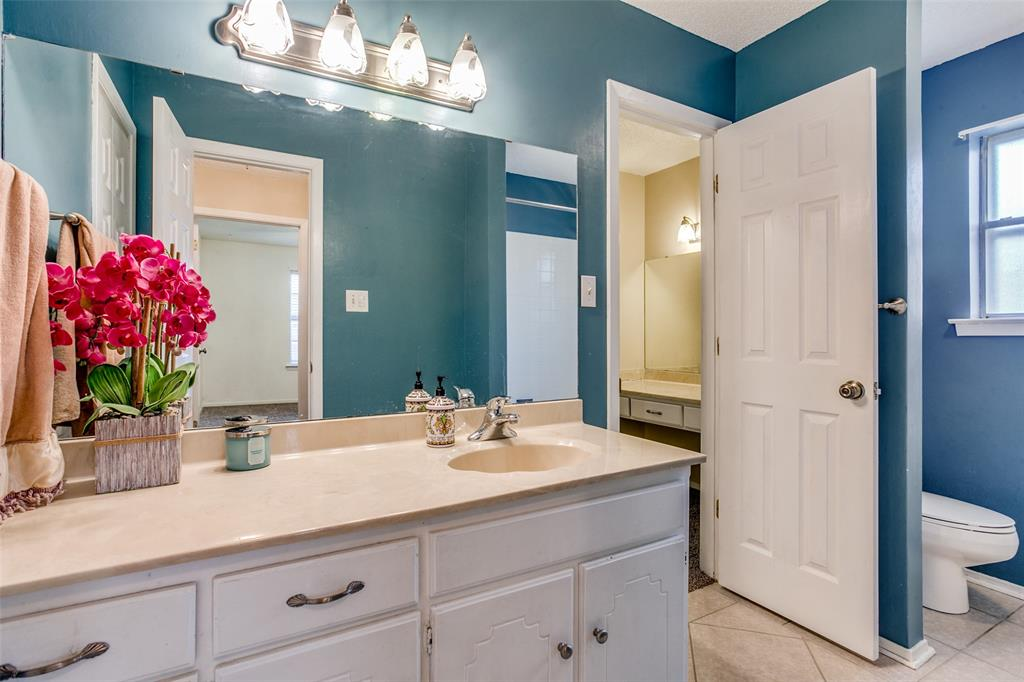 8237 Pearl  Street, North Richland Hills, Texas 76180 - acquisto real estate best photo company frisco 3d listings