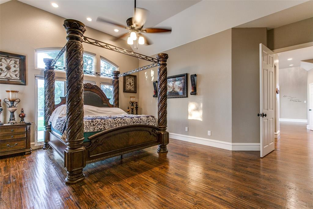 114 Club House  Drive, Weatherford, Texas 76087 - acquisto real estate best realtor dallas texas linda miller agent for cultural buyers