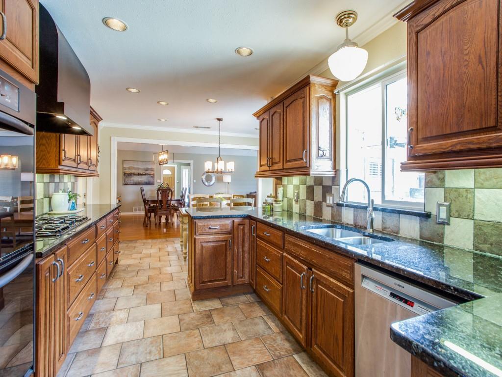 2412 Primrose  Drive, Richardson, Texas 75082 - acquisto real estate best listing agent in the nation shana acquisto estate realtor