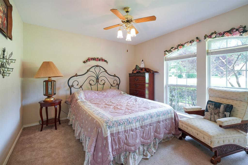 201 Chaparral  Drive, Granbury, Texas 76049 - acquisto real estate best frisco real estate agent amy gasperini panther creek realtor