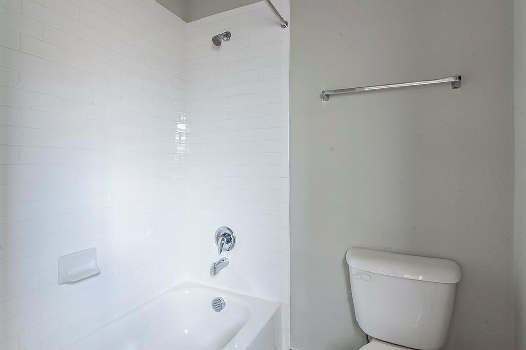 4020 Rosin  Street, Aubrey, Texas 76227 - acquisto real estate best realtor foreclosure real estate mike shepeherd walnut grove realtor